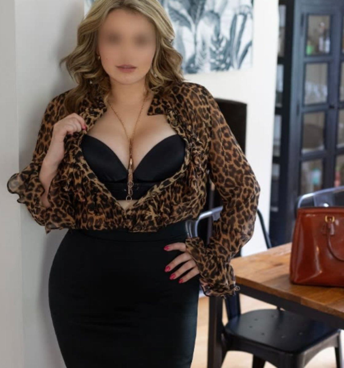 Sydney White Escort Agencies Evie