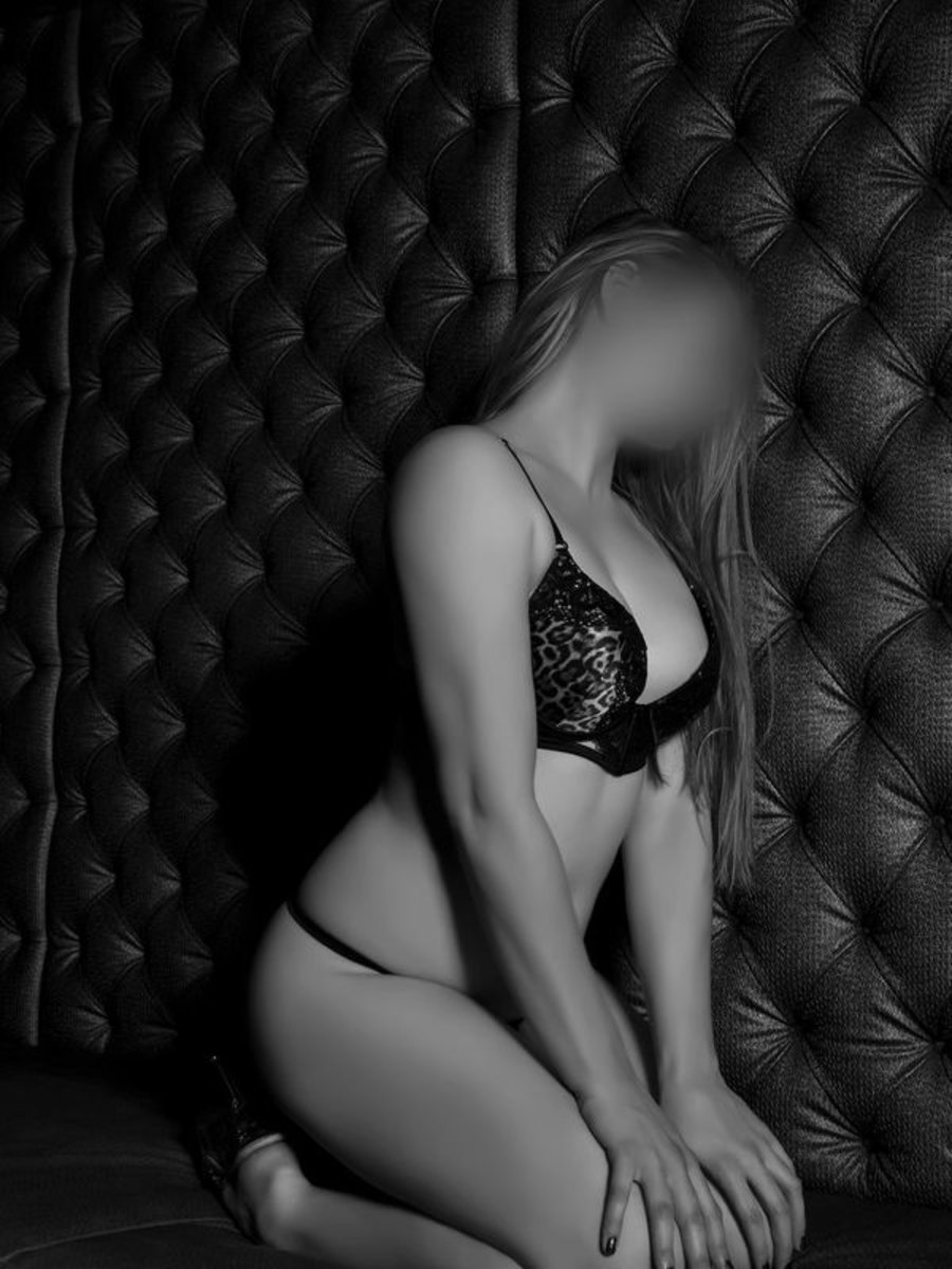 Newcastle Caucasian Escort Agencies Lauren