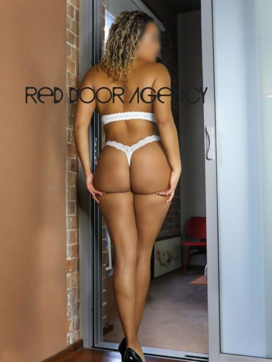 Sydney European Escort Agencies Zara Reign