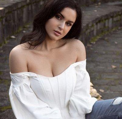 Dana Hart