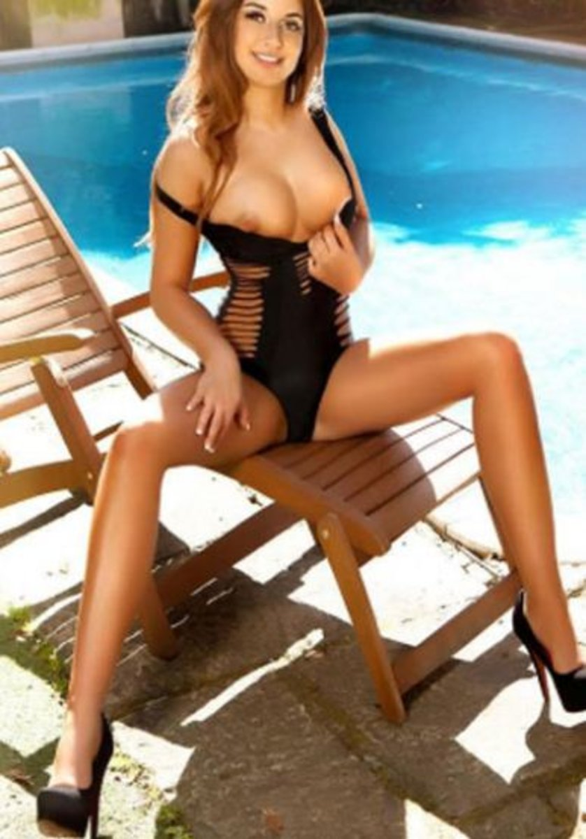 Sydney White Escort Agencies Macy 1