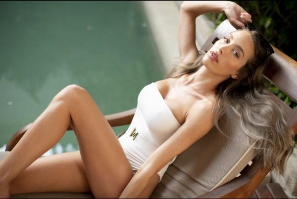 Angelina Rose