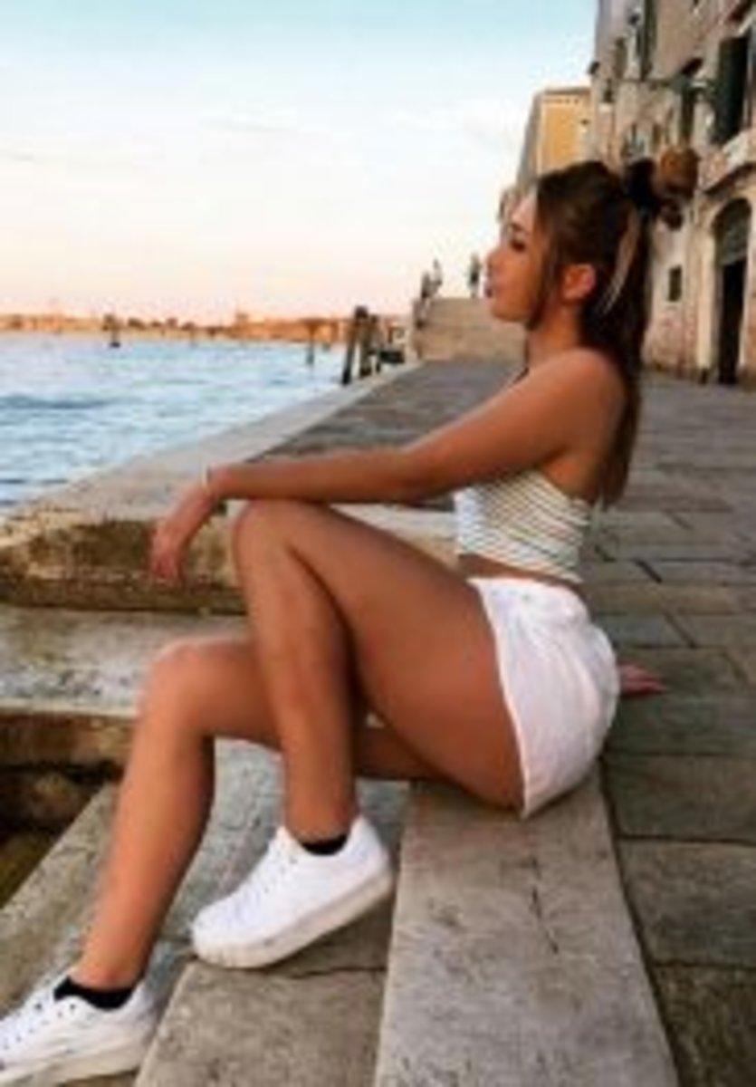 Sydney Hispanic Escorts Young Girl