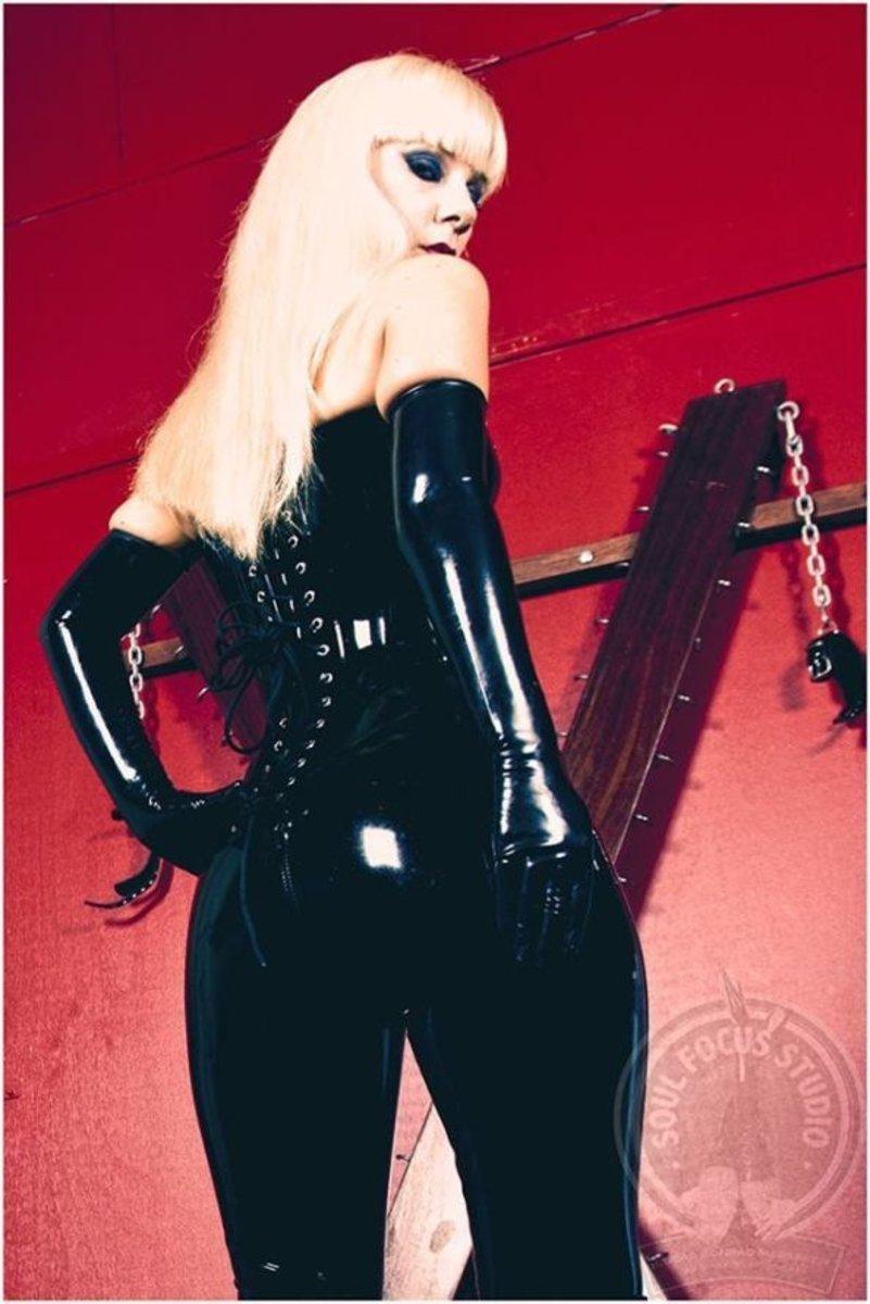 Sydney Caucasian Escorts Mistress Serena