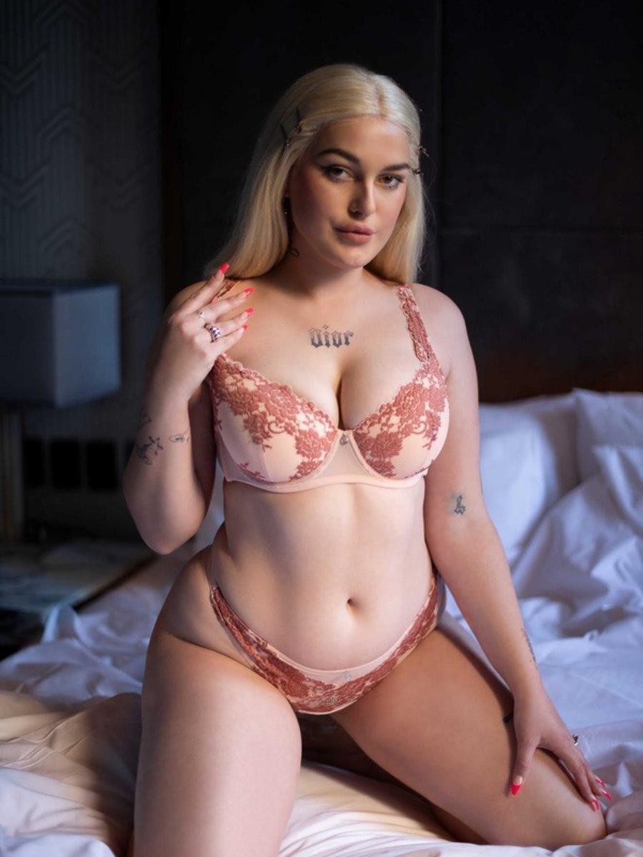 Sydney Caucasian Escorts Lola Fleur
